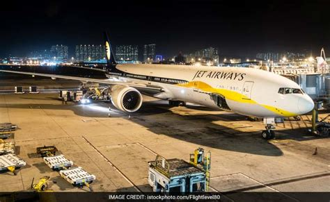 Jet Airways Pilots' Union To Discuss Salary Cut Issue With