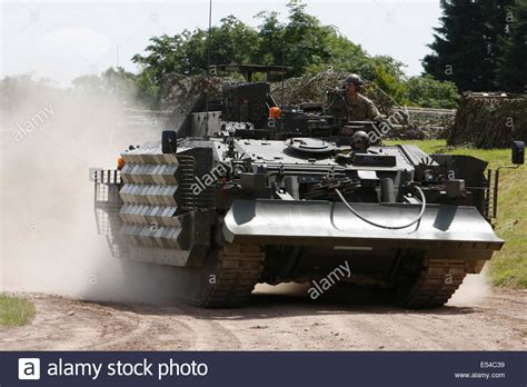 Crarrv Challenger Armoured Repair And Recovery Vehicle Tes