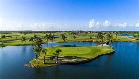 Discover Puerto Rico for Warm Weather Golf