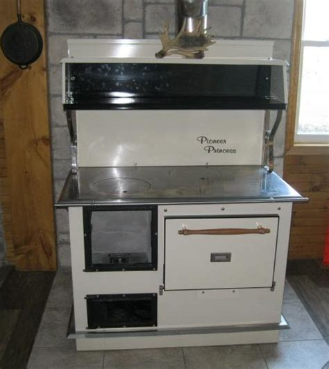NEW WOOD COOKSTOVES & WOOD STOVES STARTING @ 1,680