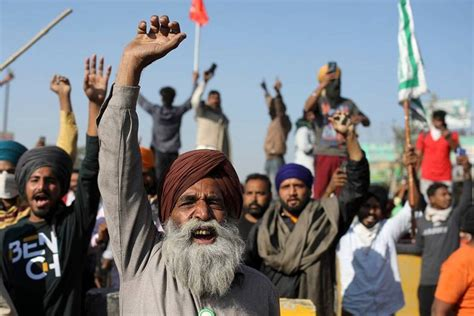 Farmers' protests in Delhi: Unions reject Govt offer to