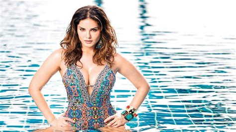 Happy birthday Sunny Leone: Here's a look at her jaw