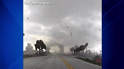 Waterspout causes damage to mail truck on Florida bridge