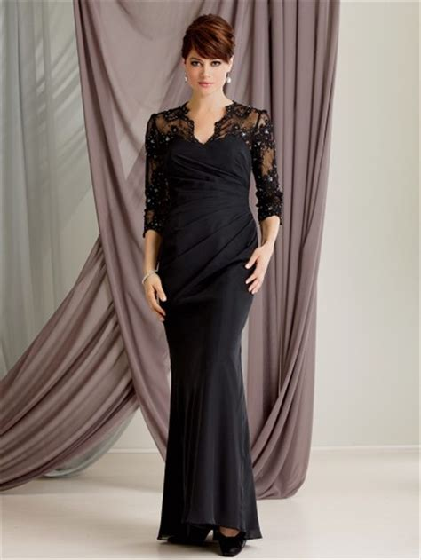 Trumpet/Mermaid scalloped long black lace modest mother of