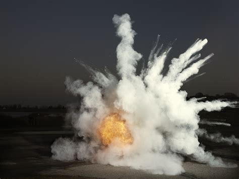 The Difference Between Deflagration and Detonation